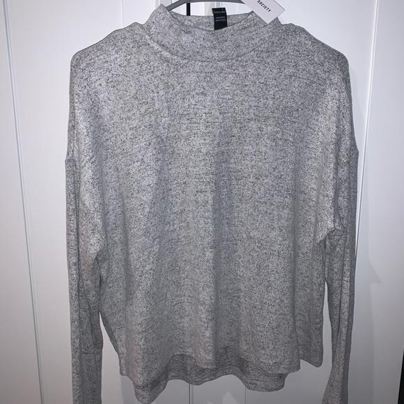 Mid Turtleneck Sweater